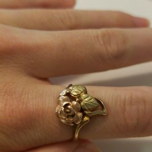 Jewelry - Vintage Gold Rose Ring Flower 6.5